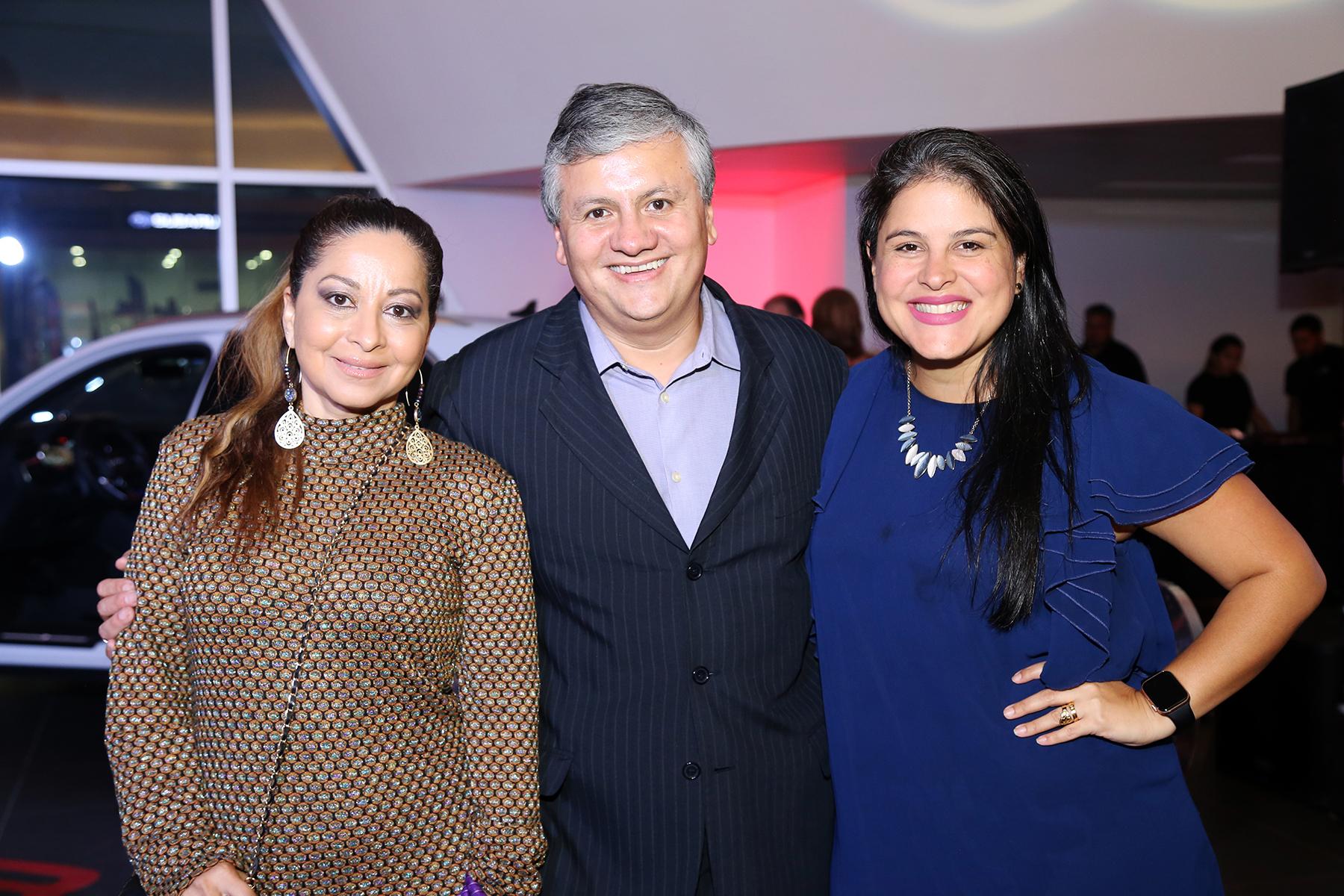 Jannette Hernández, Daniel Umaña y Sharian Maldonado. Foto Nichole Saldarriaga