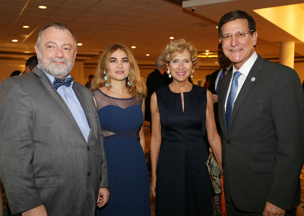Hynek Kmonicek, Indira Yumar, Margarita Fullana y Luis Rivera Marín (Foto: Nichole Saldarriaga)