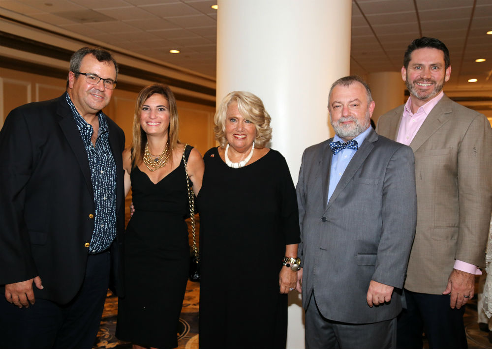 Alberto De la Cruz, Jennifer y Judy Gordon, Hynek Kmonicek y Martin Smith (Foto: Nichole Saldarriaga)