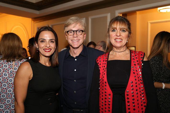 Verónica Armenio, Willie Paz y Lizzette Quiñones, en los Premios Cúspide 2017.