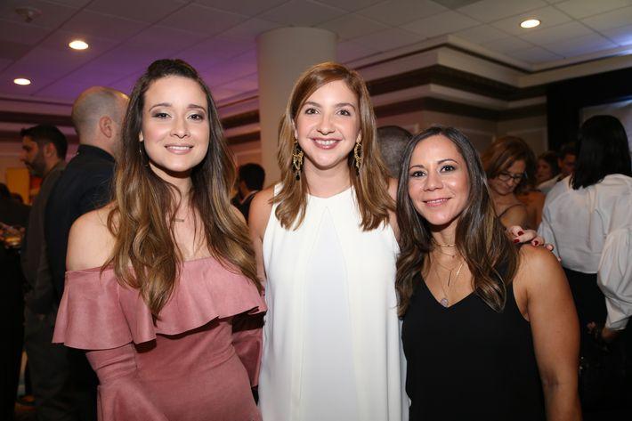 Jennifer González, Alexandra Ramírez y Mari Cabán, en los Premios Cúspide 2017.