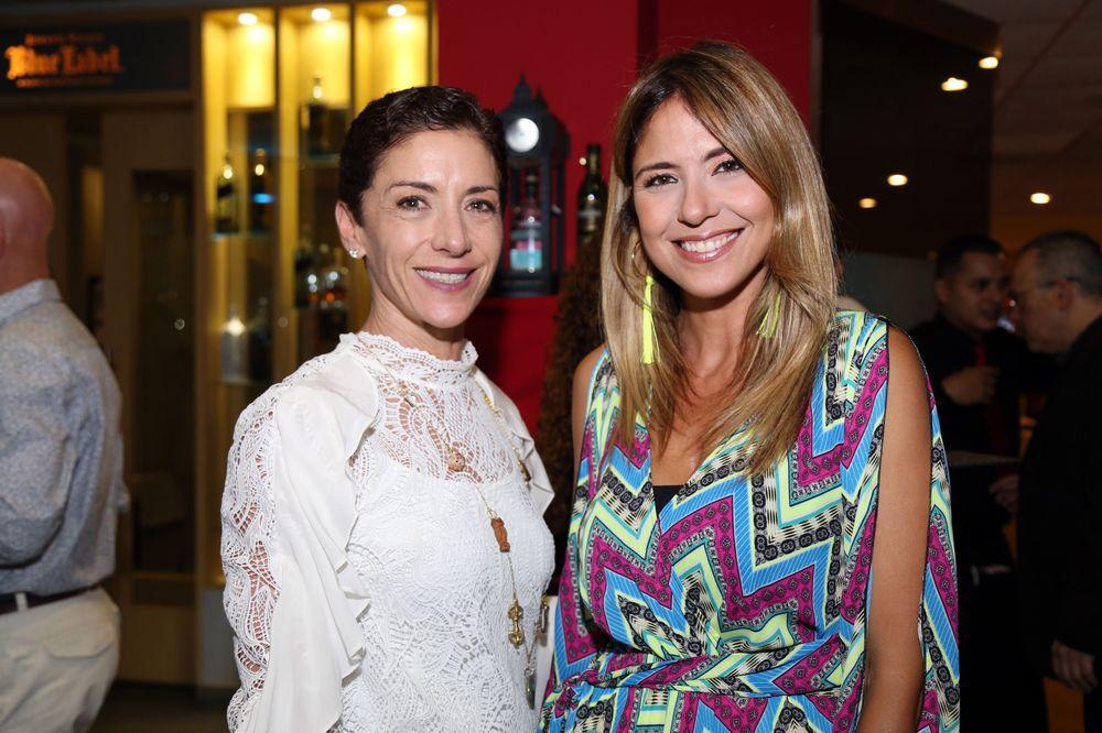 Violi Casellas y Viviana Santiago.Foto Nichole Saldarriaga.