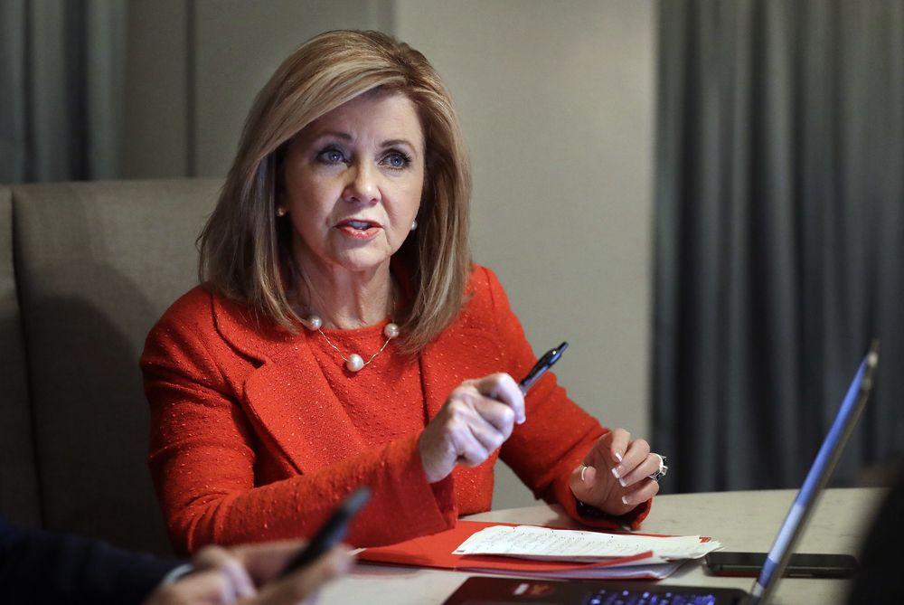 Marsha Blackburn – La republicana es la primera mujer senadora electa en el estado de Tennessee. Ha llamado la atención por sus posturas conservadoras y su apoyo al presidente Donald Trump. (Foto: AP)