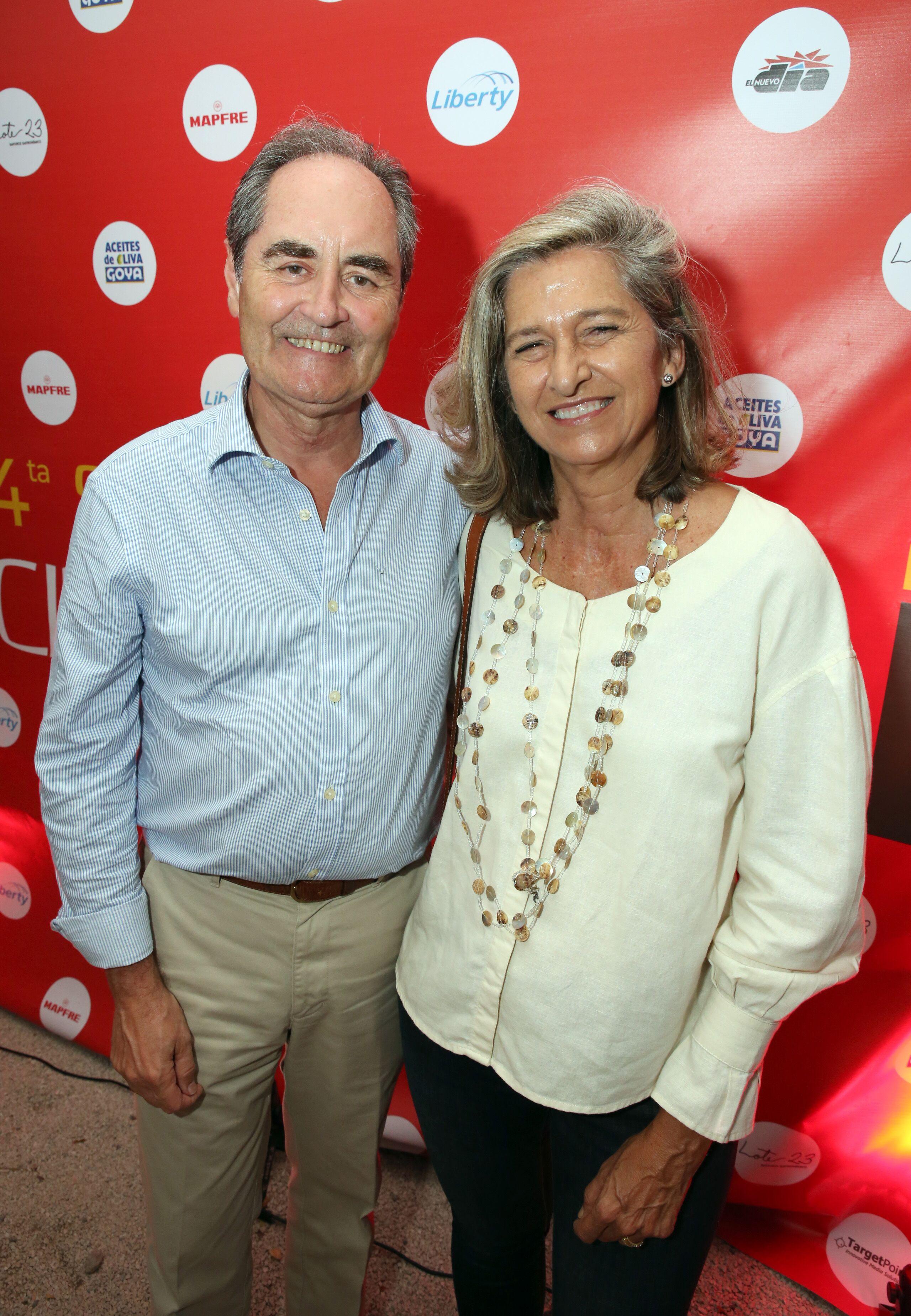 El cónsul de España en Puerto Rico, Miguel Benzo, y su esposa Fabiola Coloma asistieron al evento. (Suministrada)