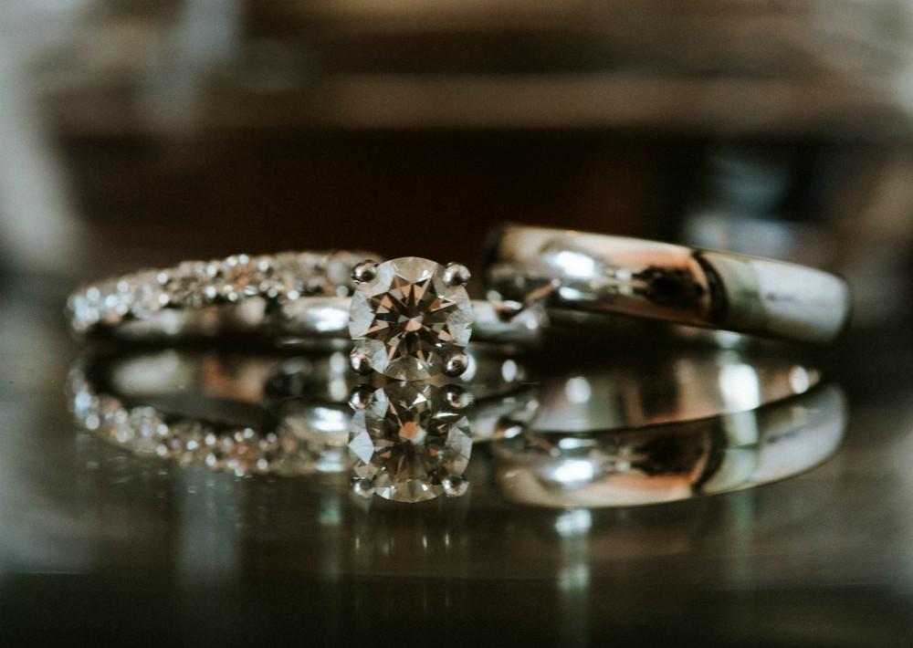 Vestido de la novia: Oscar de la Renta  (Suministrada)