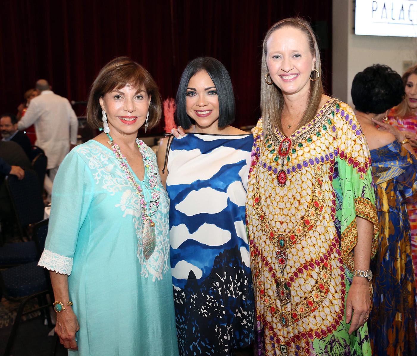 Marta Dávila, Brenda Ramos y Caty Morales. Fotos José Rafael Pérez Centeno