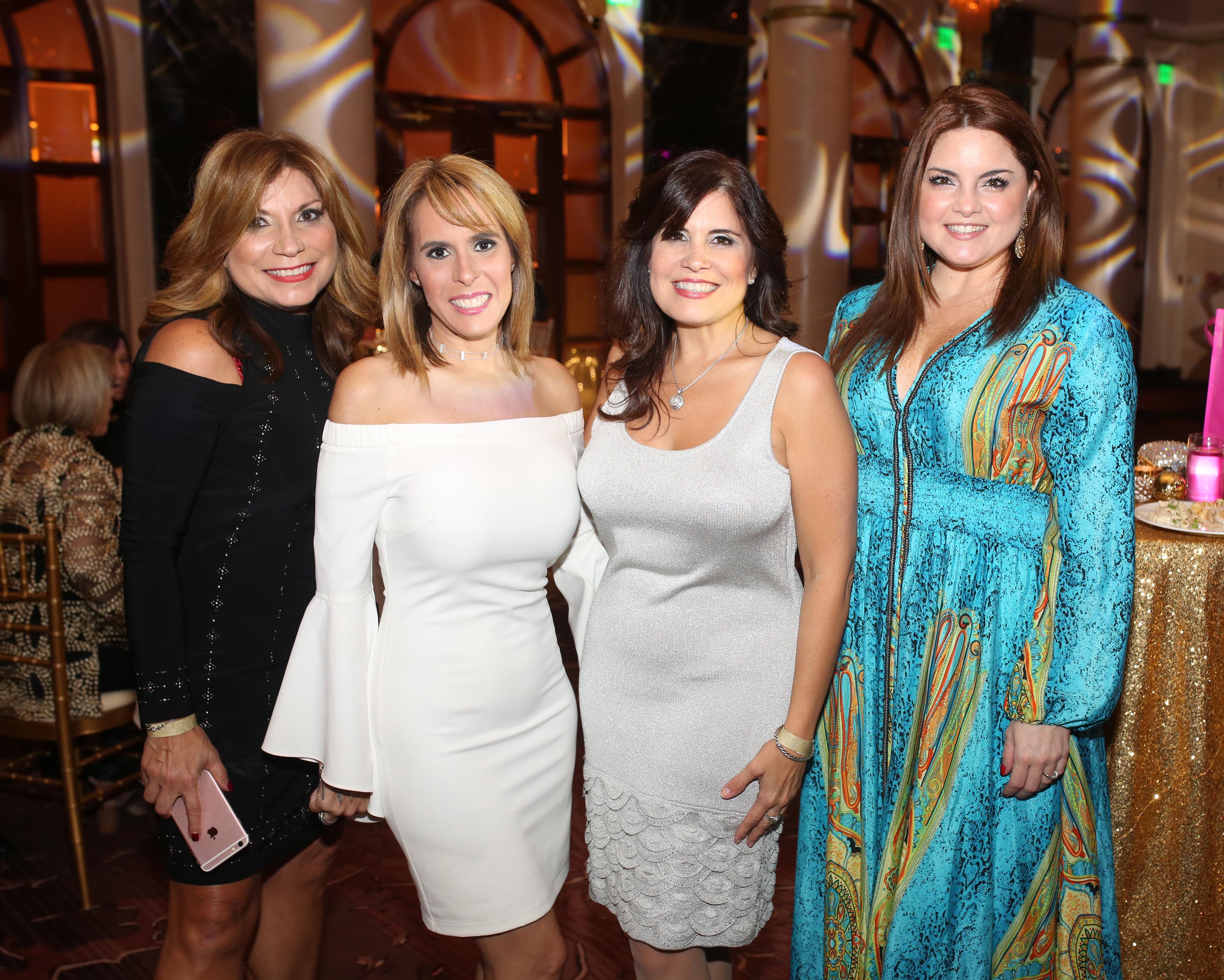 Betsy Girón, Mirelis y María Cruz con Melissa Barral.Foto: José R. Pérez Centeno.