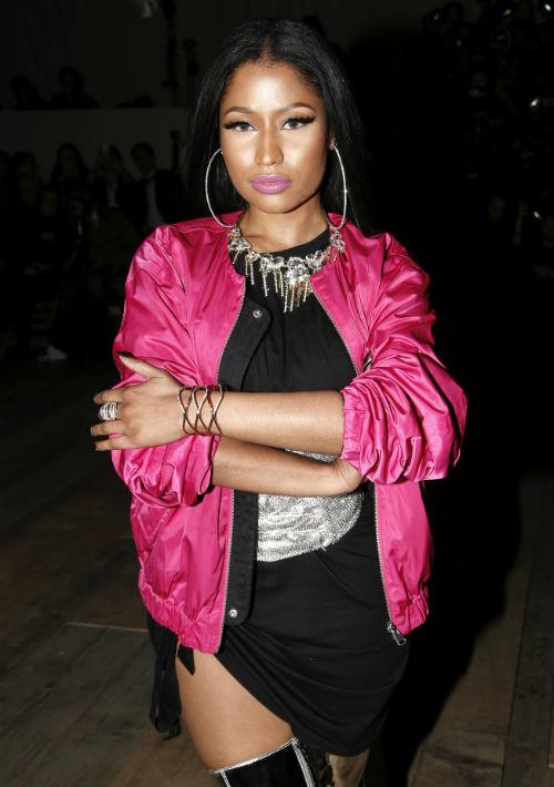 """Nicki Minaj. Uno de los aspectos más llamativos de sus fragancias –""""Minajesty"""", """"Trini Girl, """"Onika"""" y """"Pink Friday""""- es el frasco, que ambos productos recrea el torso de la cantante, diferenciados por la ropa y el peinado que lleva. (Foto: Archivo/ GFR Media)"""