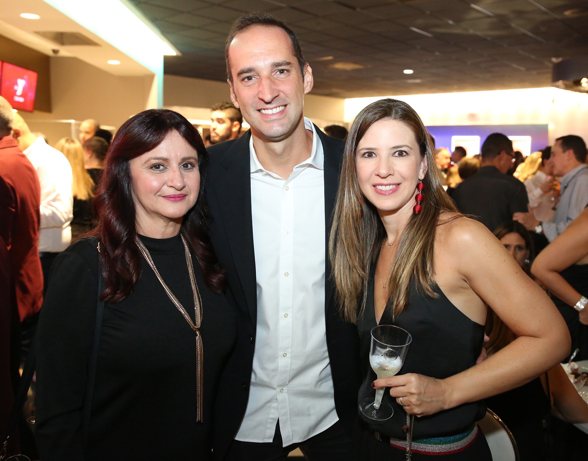 Nelly Torres, Renato D'Angelo y Grazielle Leite.  (José R. Pérez Centeno)