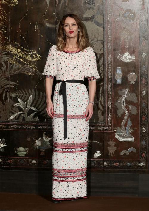 Vanessa Paradis ha sido portavoz de Chanel desde los años 90. (AP)