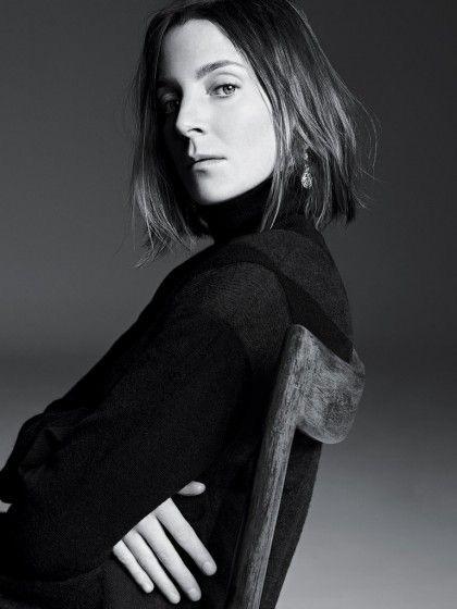 """Phoebe Philo - Como directora creativa en Céline de 2008 a 2018, marcó un antes y un después en la moda y se colocó como líder del """"nuevo chic"""". Creó un """"cool sofisticado"""" que no ha podido ser igualado. Miles esperan ansiosamente por un próximo capítulo en su carrera. (Suministrada)"""