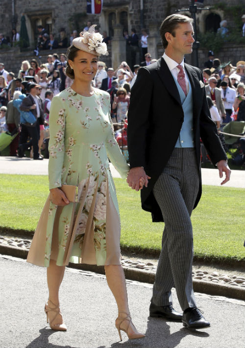 Pippa Middleton y su esposo James Matthews. (AP)