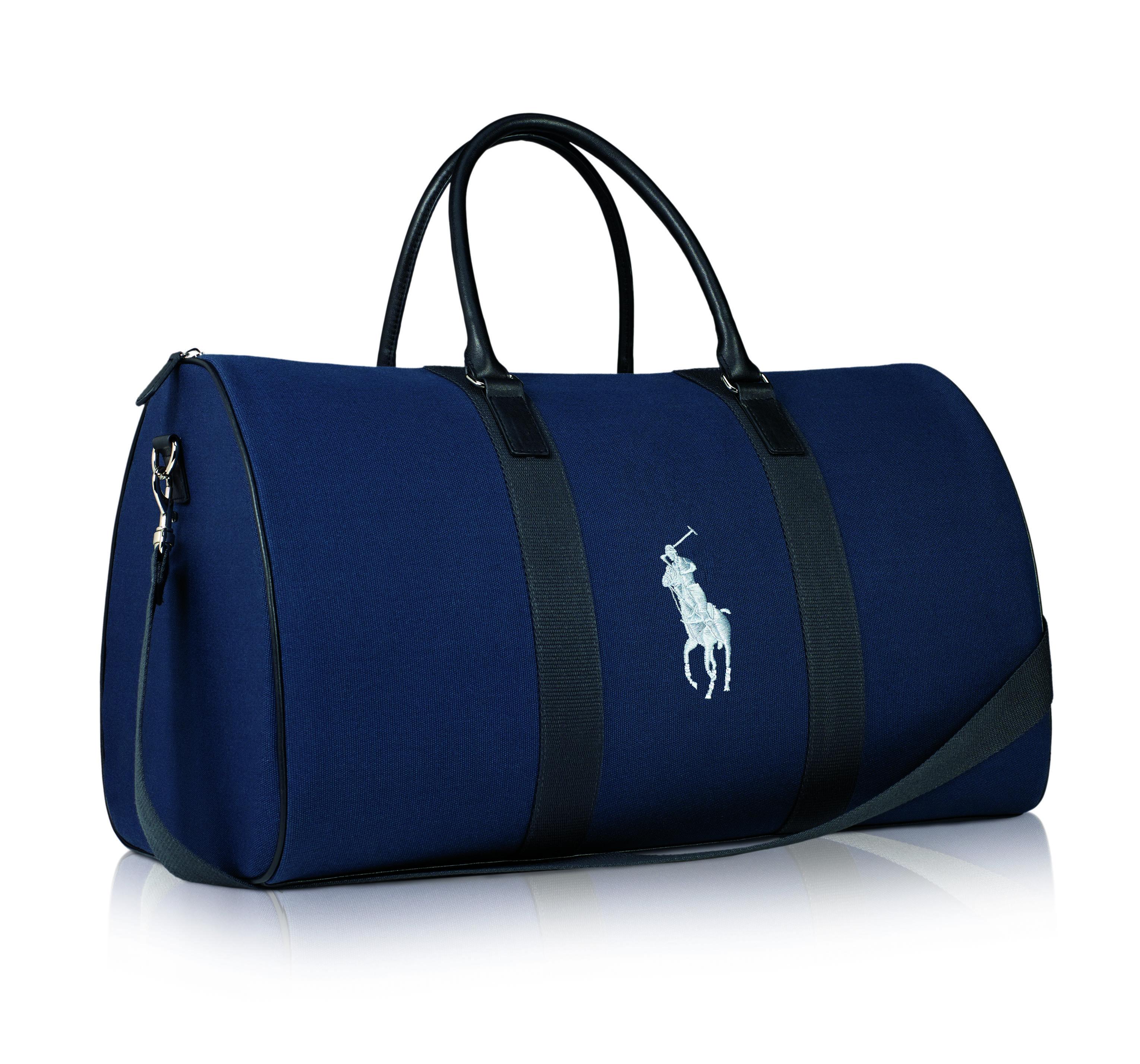 Bulto de viaje Ralph Lauren -Es el regalo para quienes compren cualquier fragancia masculina de Ralph Lauren de $118 ml. o más. Obténlo a través de beautyshoppr.com. (Suministrada)