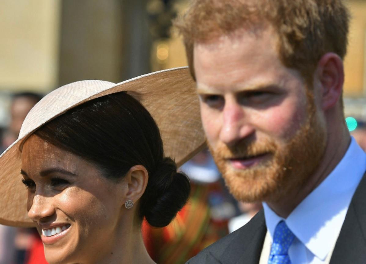 El 22 de mayo los duques de Sussex acudieron a su primer acto oficial después de contraer matrimonio. Se trató de un homenaje al príncipe de Gales por su labor en organizaciones benéficas, que se celebró en los jardines del Palacio de Buckingham, en el marco de las celebraciones de su 70 cumpleaños. (Archivo)