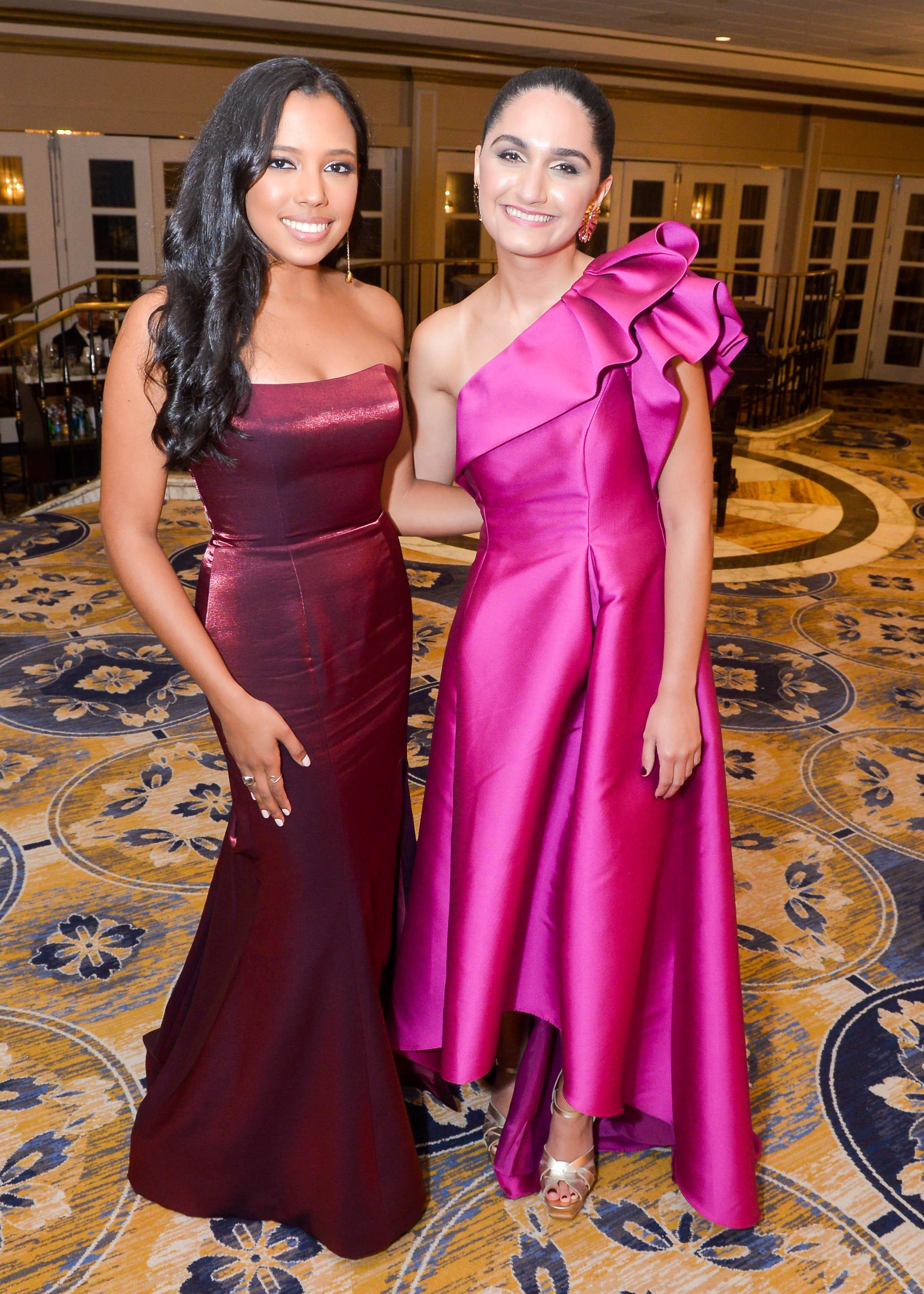 Adriana Gervacio y Daniela Lugo. (Enid M. Salgado Mercado)