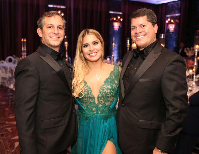 Carlos, Verónica y Jorge García, en el Senior Prom de Baldwin School.