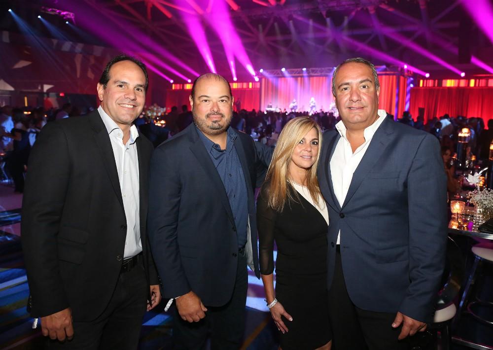 Benjamín Rivera, Robert Rodríguez, Eileen y Galo Sandoval. (José Rafael Pérez Centeno)