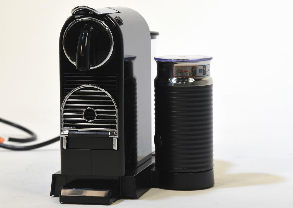 Máquina Nespresso de Macy's