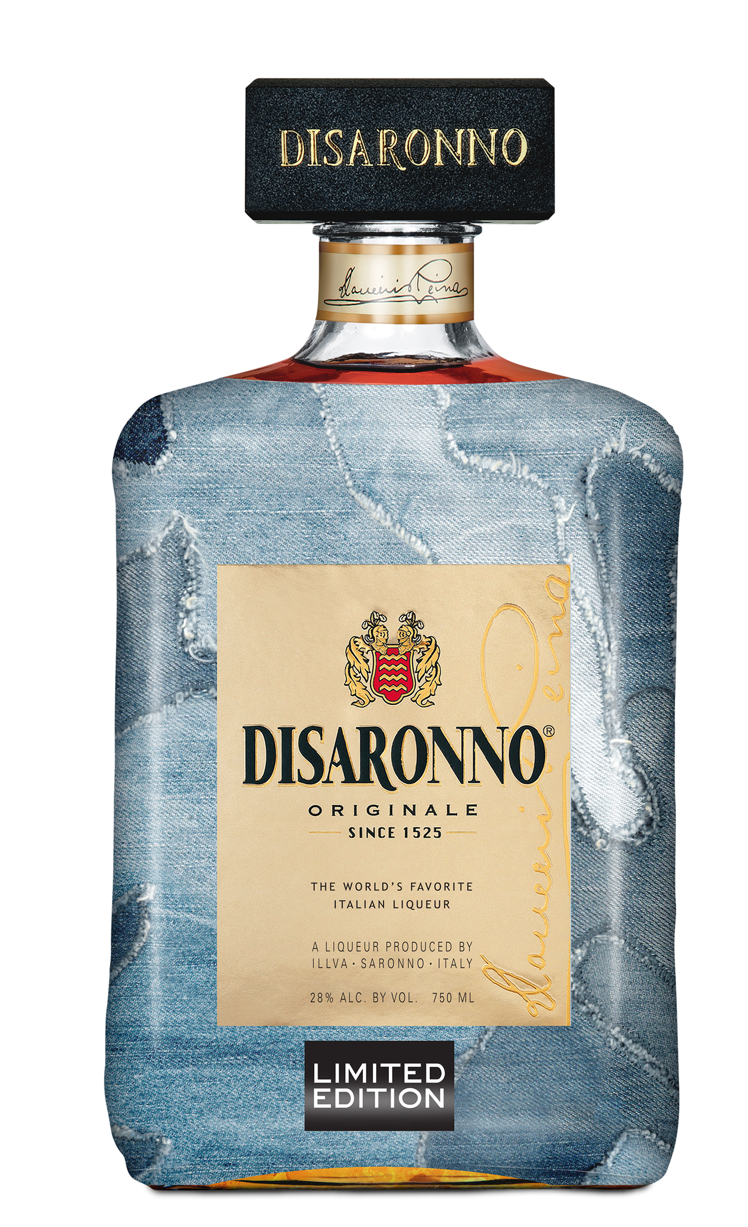 "Botella ""Disaronno wears Diesel Limited Edition"", disponible en The House y Supermax. (Suministrada)"