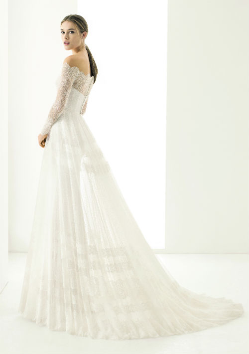 Vestido de Rosa Clará. Presupuesto: $5,000+ (Suministrada)