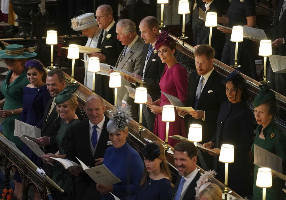 La reina Elizabeth II, de Inglaterra, tiene cuatro hijos, ocho nietos y siete biznietos (uno adicional, del príncipe Harry y la duquesa de Sussex, está en camino). (Archivo)