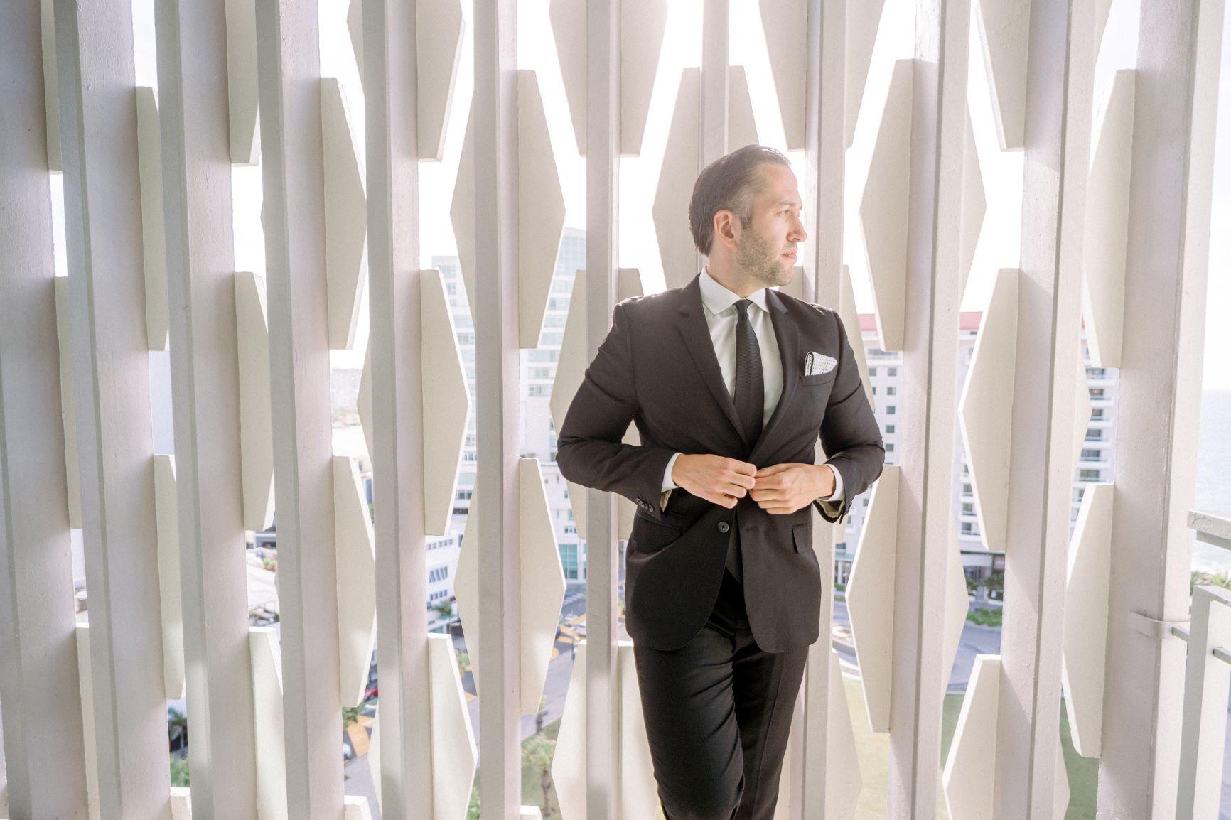 Vestimenta del novio: Express. (José Ruiz)