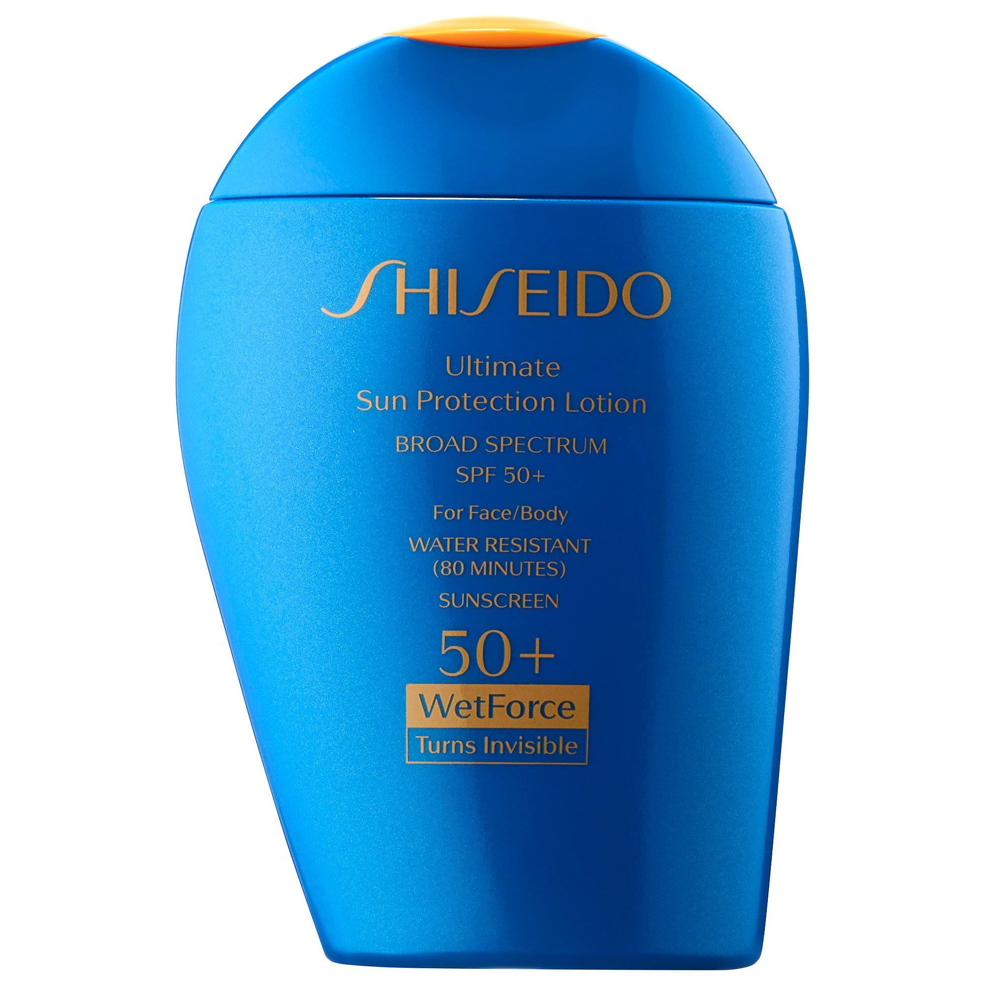 Shiseido Ultimate Sun Protection Lotion WetForce Broad Spectrum Sunscreen SPF 50+ - Este protector puedes usarlo tanto en el rostro como en el cuerpo y ofrece un filtro solar de 50 además se absorbe rápidamente para una mejor sensación. (Suministrada)