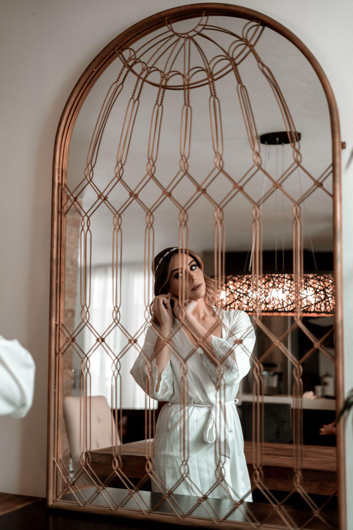 Vestido de la novia: D'Royal Bride. Peinado y maquillaje: Enrique Iglesias (Artonico Stories)