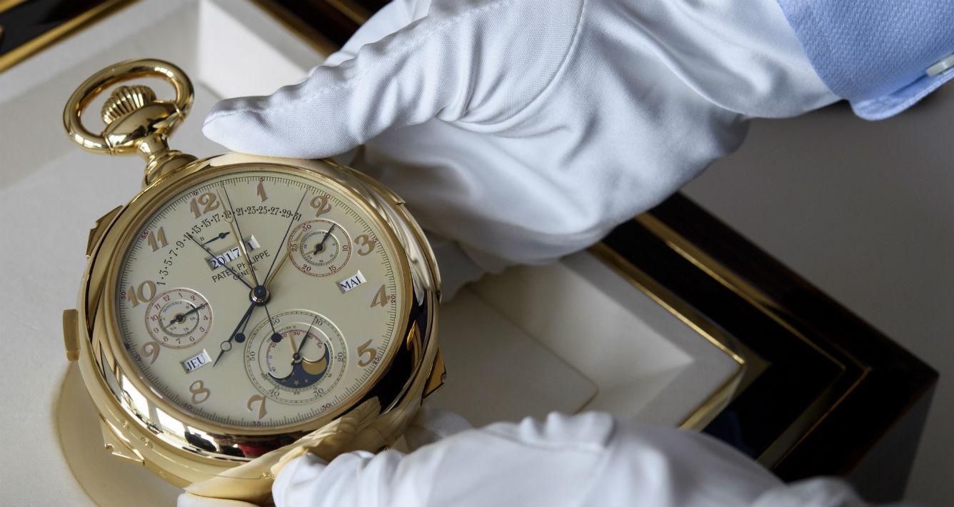 Reloj Caliber 89, de Patek Philippe, que esperaban vender entre $6.4 y $9.9 millones. (Martial Trezzini/Keystone via AP)