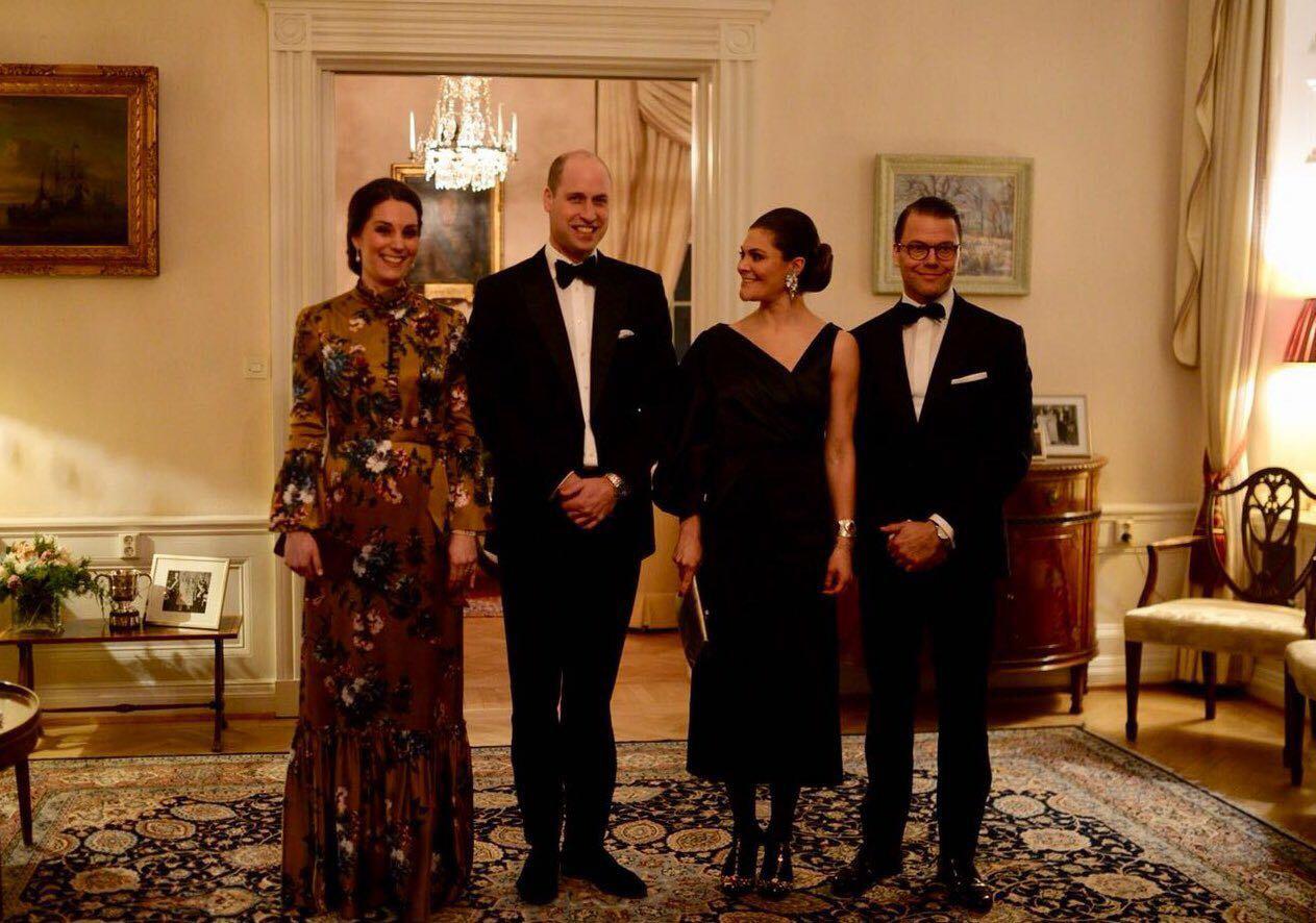 Kate Middleton junto a su esposo William y la princesa heredera al trono de Suecia, Victoria, y el príncipe Daniel. (Foto: The Royal House)