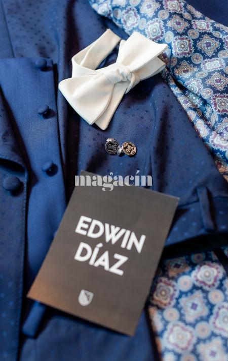 """La vestimenta de Edwin contó con yuntas que tenían grabado su apodo deportivo """"Sugar"""" y su número, el 39. (Suministrada/ Claudette Montero)"""