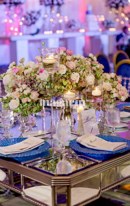 Los colores fueron tonalidades de crema y azul, el color favorito de la novia. (Suministrada/ Claudette Montero)
