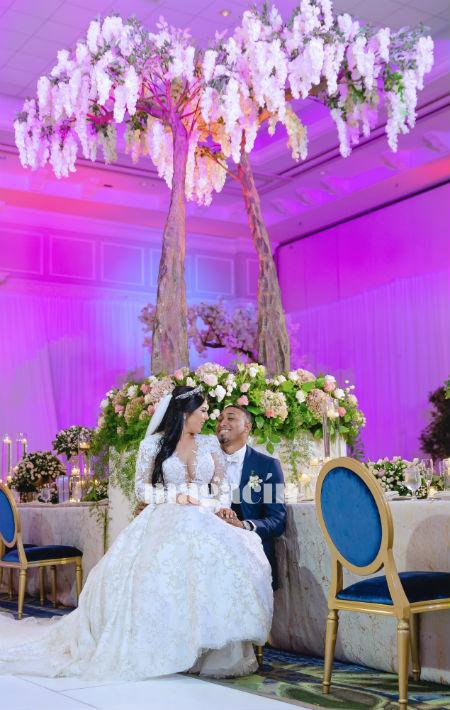 El arreglo de la novia estuvo en manos de Adrián Rosa. (Suministrada/ Claudette Montero)