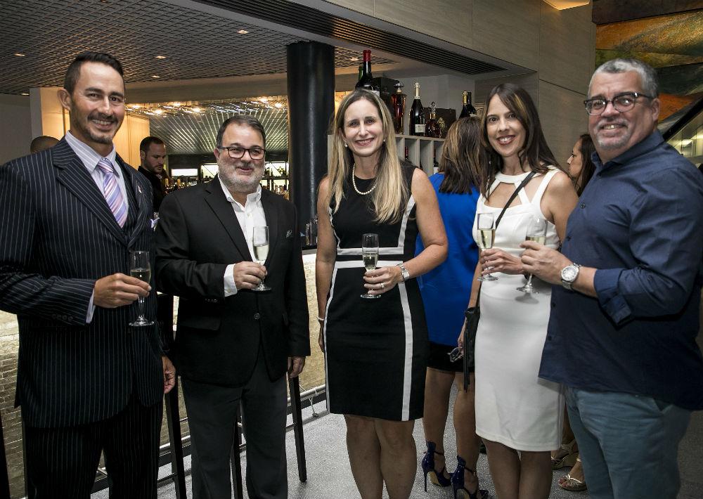 José Burgos, Rafael Gavilanes, Annie Mayol, Vanessa Otero y Frank Suárez. (Suministrada)