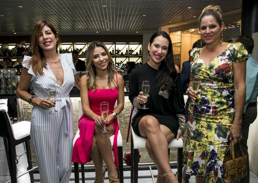 Maritere Rivera, Maricarmen Figueroa, Sandrysabel Ortiz y Mariselle Rivera. (Suministrada)