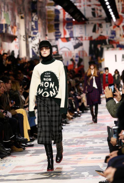 Colección otoño-invierno 2018 de Dior. (Foto: AP)