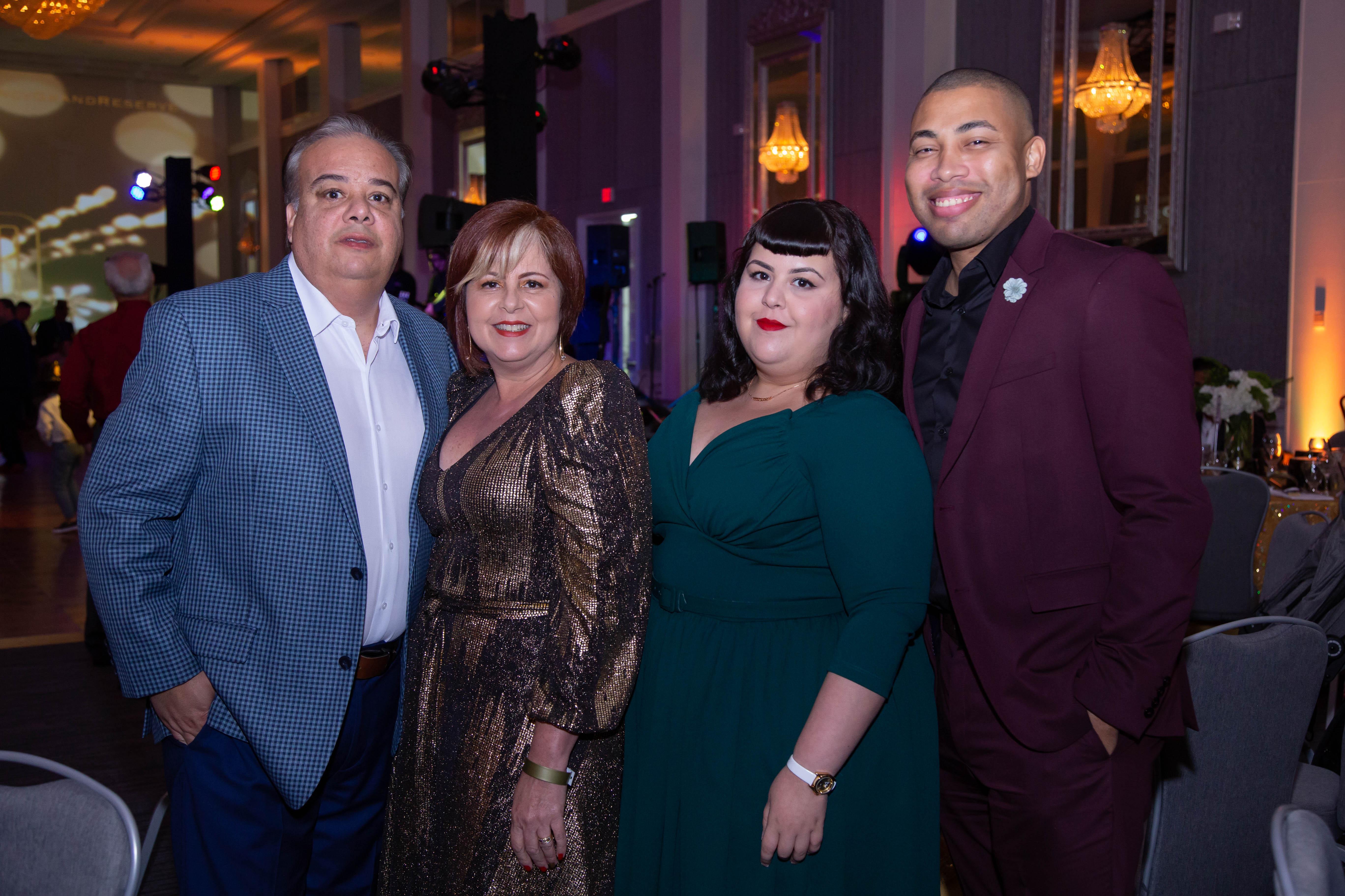 Yamel Figueroa, Estevan Mercado, Víctor Figueroa y Mirna Sotomayor. (Suministrada)