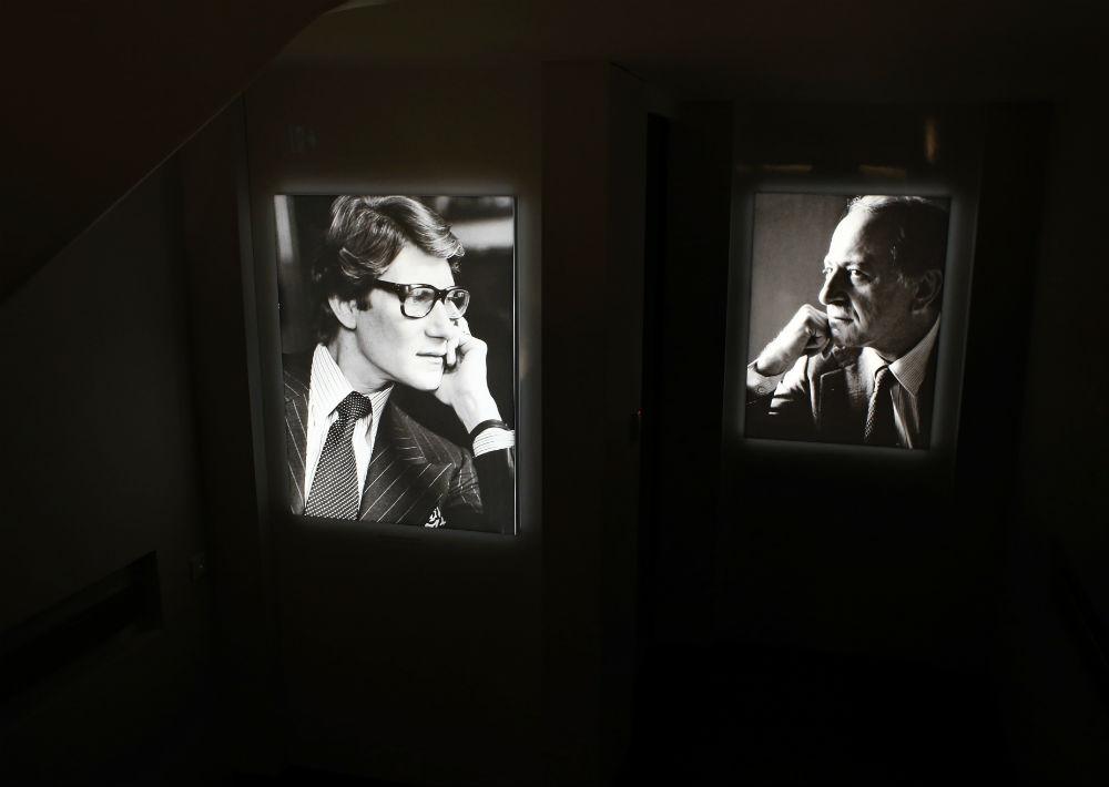 Luego de servir en la guerra de Argelia, regresó a París y en 1962 abrió su primera boutique junto a su socio Pierre Bergé. (Foto: AP)
