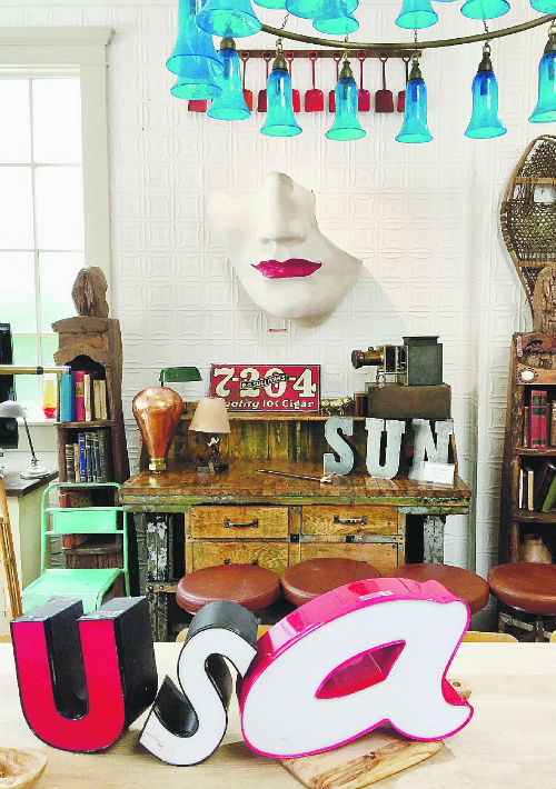 Para los amantes de las antigüedades y piezas vintage, Black Swan Antiques, esta maravillosa tienda en Sag Harbor, fue un verdadero descubrimiento. Los objetos más originales que he visto en mucho tiempo, un dueño súper amable y precios razonables. Como para traérselo todo. 26 Main Street, Sag Harbor, Long Island. (Foto: María Zipperle)