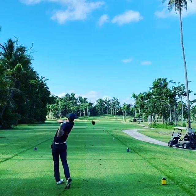 Alex Lundqvist jugó al golf en el Dorado Beach Reserve