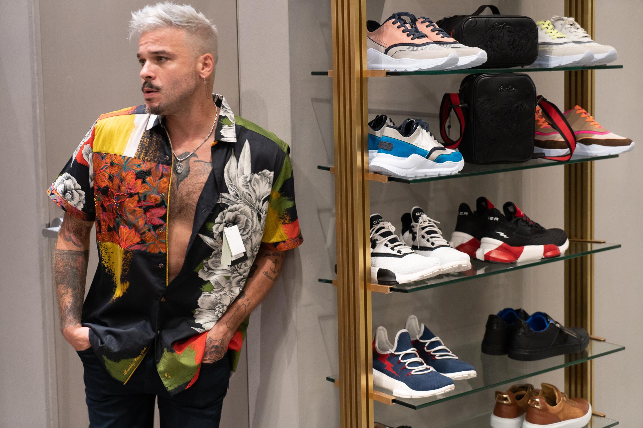 """Con la asesoría de su """"stylist"""" de moda, Kathy Rossy, Capó optó por un estilo tropical. (Suministrada)"""