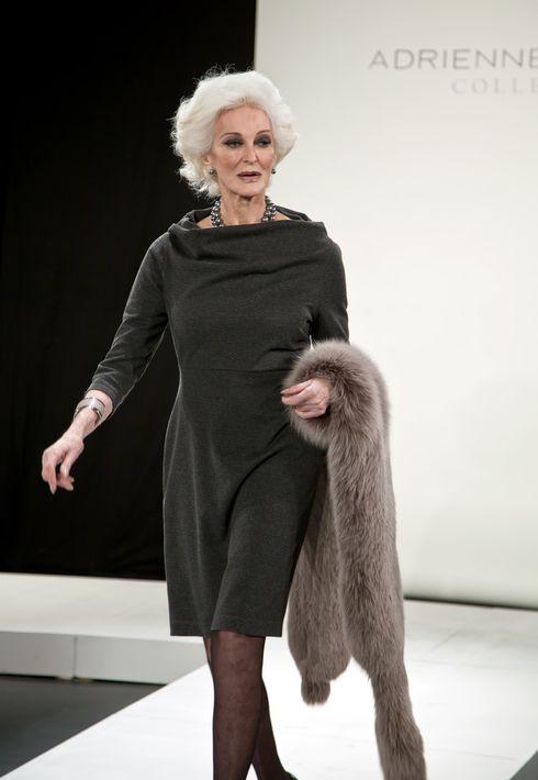 Carmen Dell'Orefice – A sus 85 años tiene record Guinness como la modelo  más longeva del mundo.