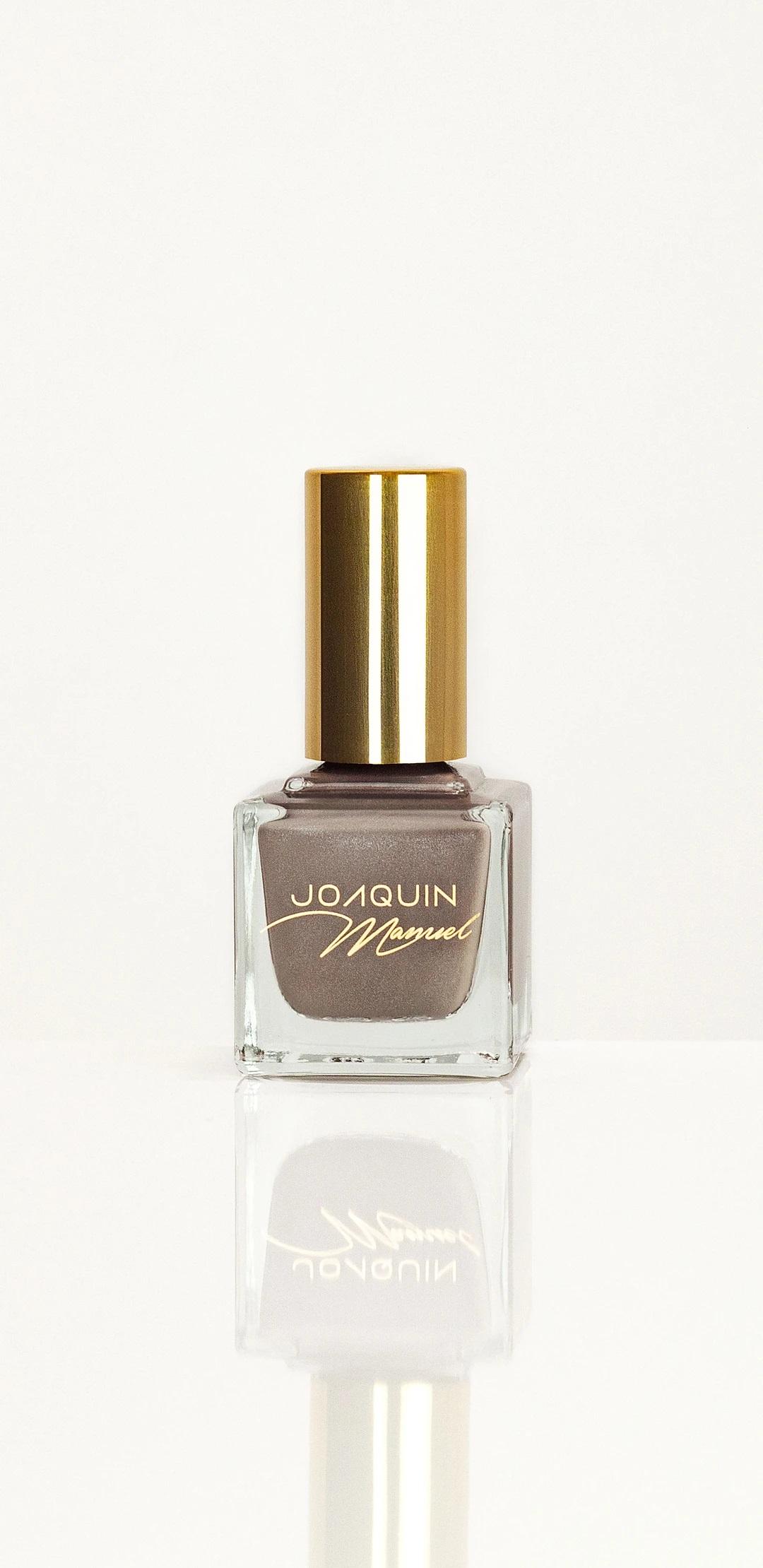 Esmalte de uñas en tono Get up Please! de la línea Joaquín Manuel. Consíguelo a través de joaquinmanuel.com (Suministrada)