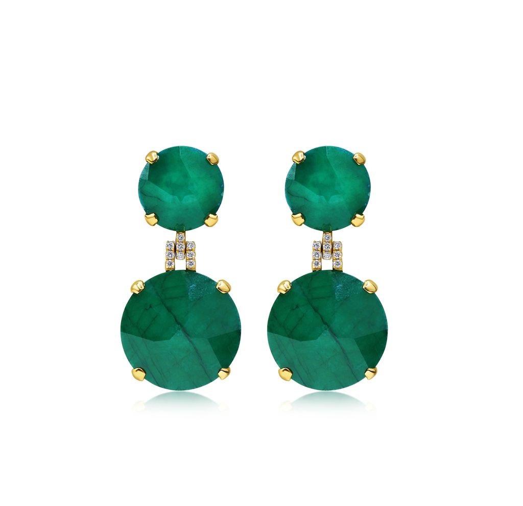 Aretes en oro de 14K esmeralda y diamantes, de Letrán Jewelers (Suministrada)