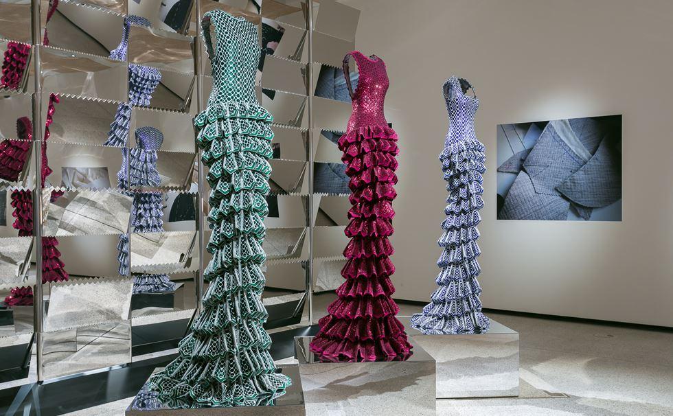 """""""Azzedine Alaïa: The Couturier"""" en el Design Museum de Londres fue una de las principales restrospectivas de la moda."""