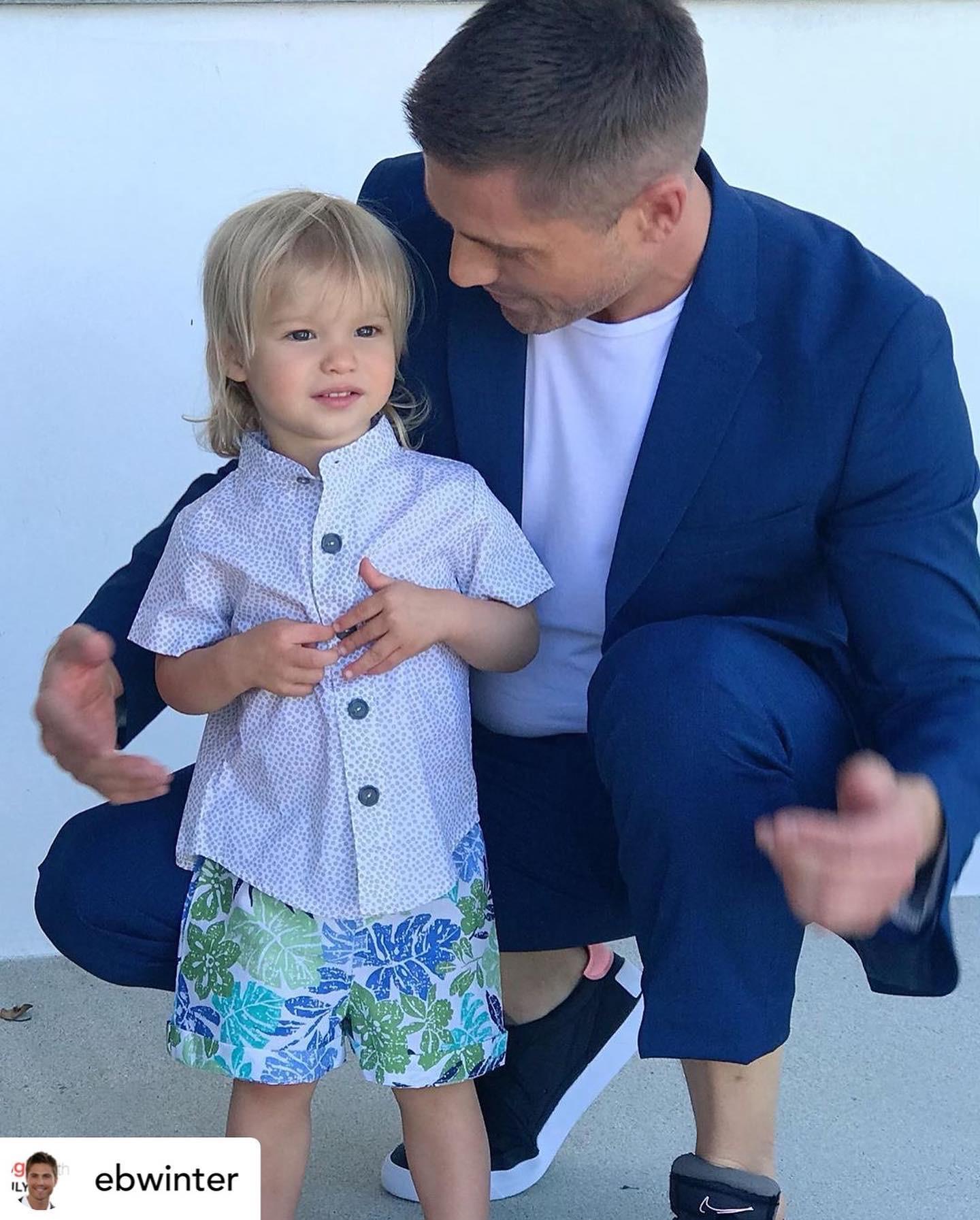 El actor Eric Winter junto a su hijo, Dylan. El pequeño es uno de los fieles clientes de la marca Sandía. (Suministrada)