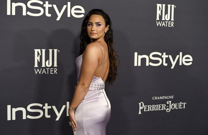Demi Lovato, recipiente del Advocate Award. (AP)