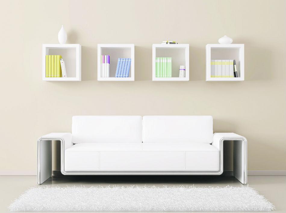 El crema, aunque proyecta amplitud, le da un poco más de cuerpo a las paredes. Lo mismo sucede con el gris, que crea un efecto más moderno.