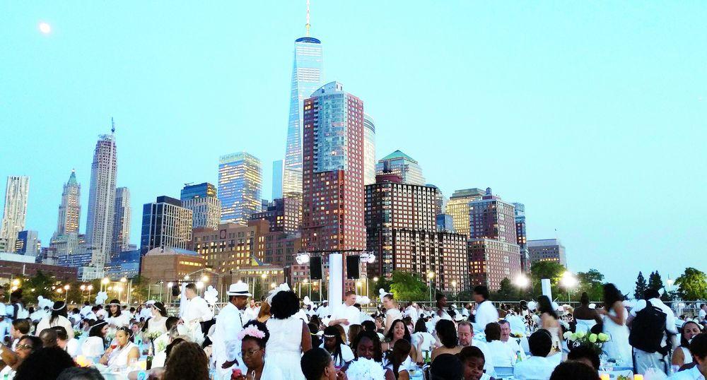 Vista de una de las ediciones de Le Dîner en Blanc en Nueva York.