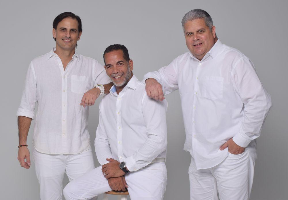 El equipo anfitrión de Le Dîner en Blanc - Habana está compuesto por Alejandro Uriarte, Richie Miranda-Cortese e Israel Rodríguez.